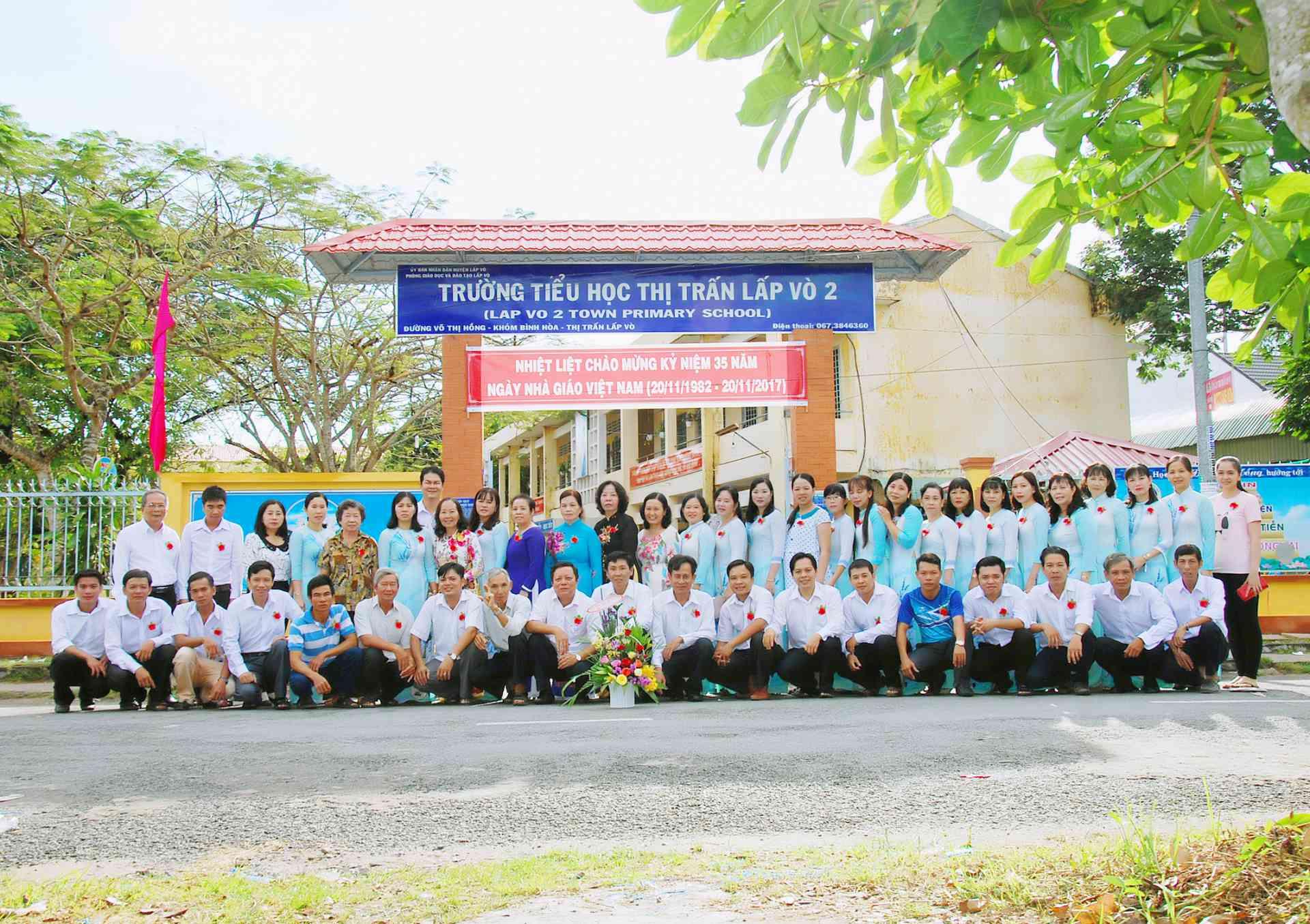 Trường Tiểu học Thị trấn Lấp Vò 2